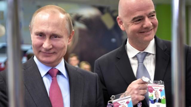 WM 2018 - Wladimir Putin und Gianni Infantino