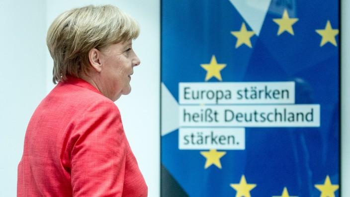 Angela Merkel nach einer Pressekonferenz in Berlin
