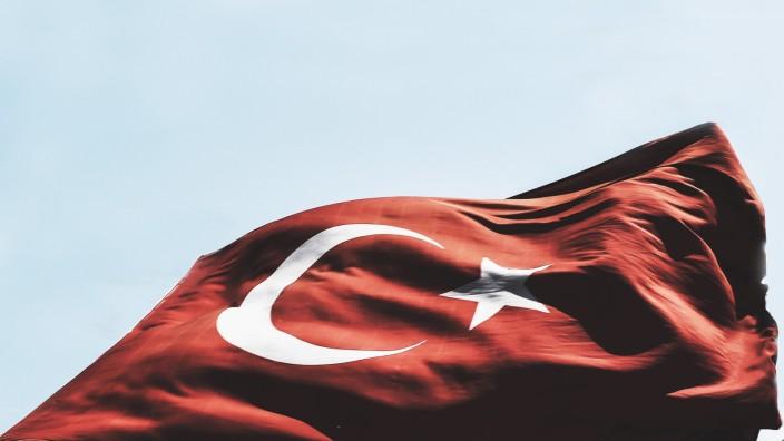 Wahlen in der Türkei: Die Türkei entscheidet über das Parlament und den Präsidenten zugleich.