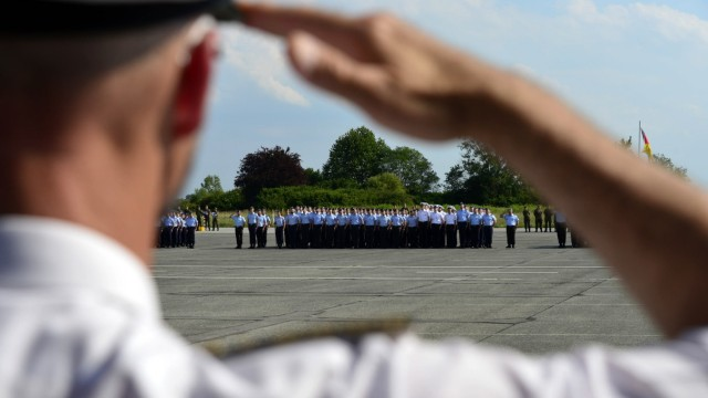 Studium bei der Bundeswehr: Beförderungsappell