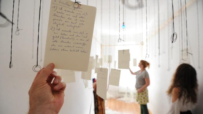 """""""Kunst im Karree"""": """"Kunst im Karree"""": Das Atelier von Regina Tremmel, Sibylle Kobus und Birgit Blaschke an der Tengstraße ist nur eines von vielen, das Besuchern am Wochenende Einblick hinter die Kulissen erlaubt."""