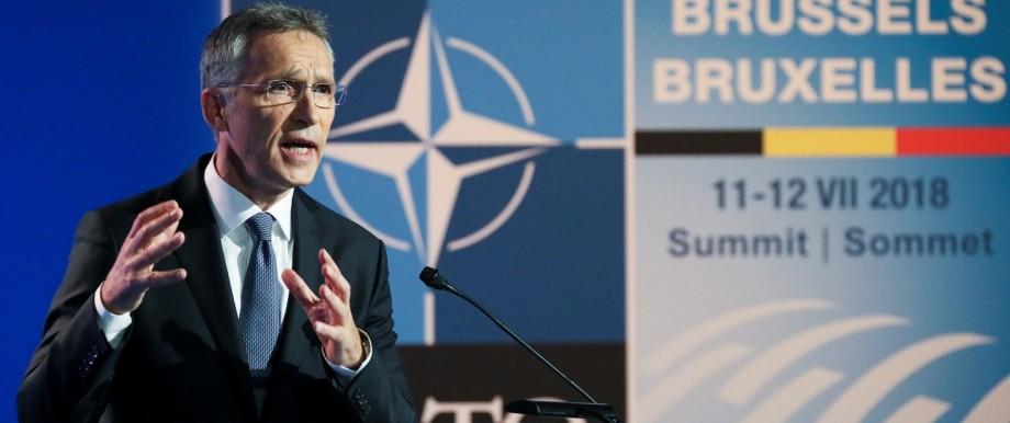 Nato-Generalsekretär Jens Stoltenberg auf einer Pressekonferenz 2018