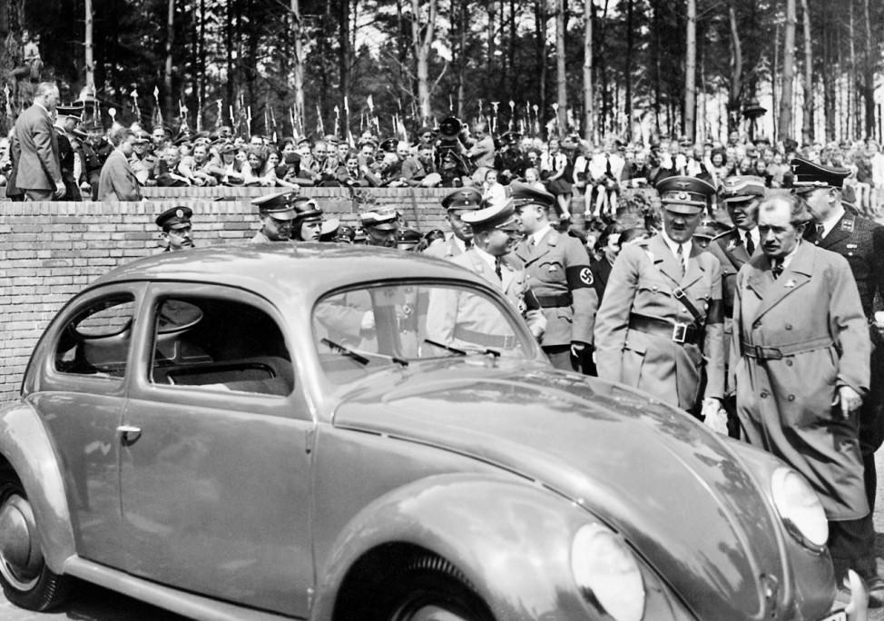 Adolf Hitler und Ferdinand Porsche, 1938