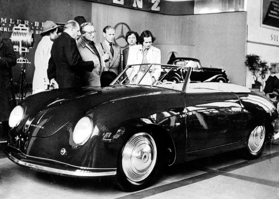 Porsche auf der Frankfurter Automobilausstellung 1951