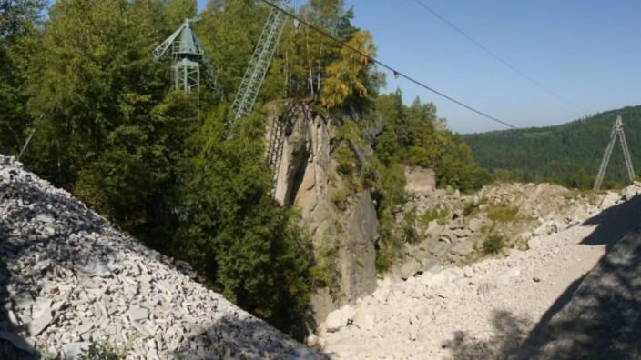 Der Steinbruch Wurmstein neben dem ehemaligen Konzentrationslager Flossenbürg