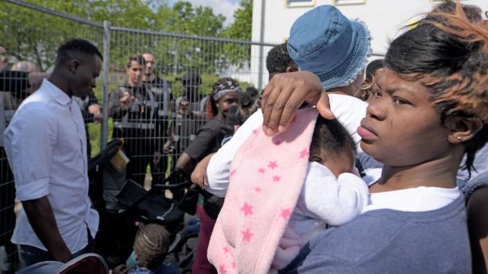 Flüchtlinge in Bayern im Transitzentrum Manching