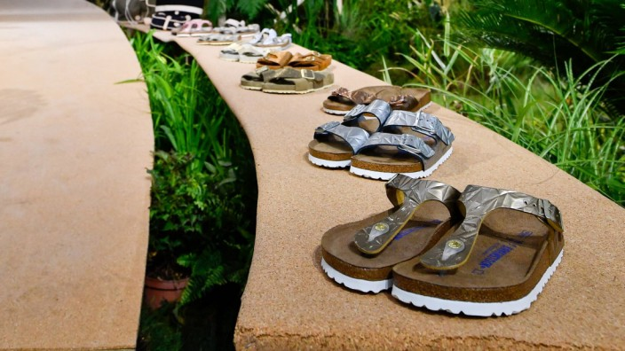170625 PARIS June 25 2017 Creations of BIRKENSTOCK for the Spring and Summer 2018 collecti