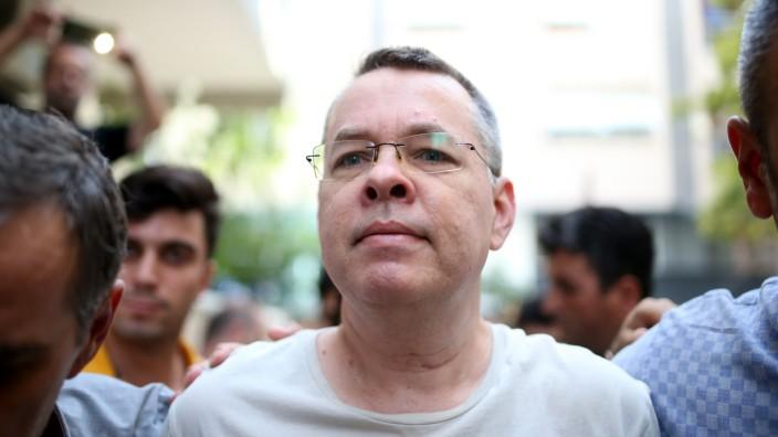 US-türkisches Verhältnis: Benützt Ankara ihn als politische Geisel? Dem protestantischen Geistliche Andrew Brunson könnte in der Türkei eine jahrzehntelange Haftstrafe drohen.