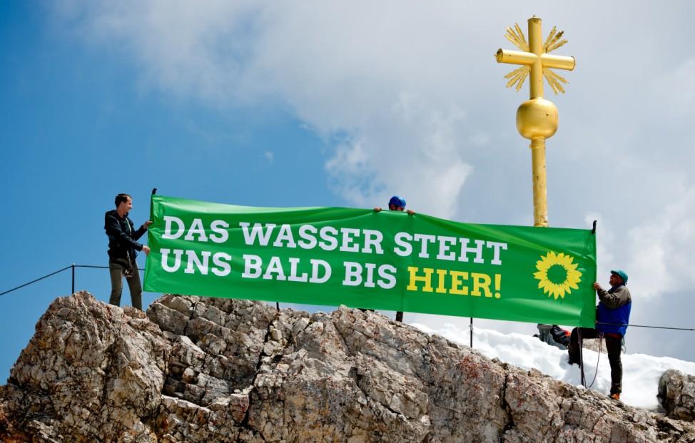 G7-Gipfel 2015 - Aktion der Grünen