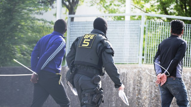 Polizeieinsatz im Flüchtlingsheim