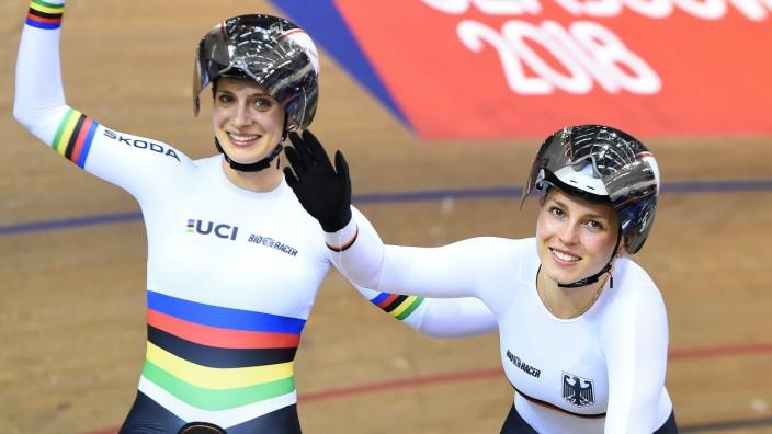 Bahnrad-EM: Vielleicht eine der wichtigsten Medaillen in der Karriere von Miriam Welte (l.): Bei der EM in Glasgow sicherte sie sich im Teamsprint Bronze mit der neuen Partnerin, der 20-jährigen Emma Hinze.