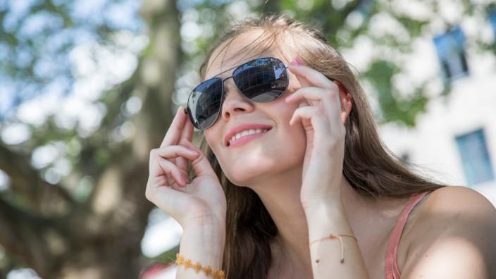 Wie manKopfschmerzen bei Hitze vorbeugen kann