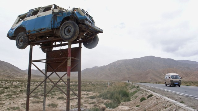Traffic Accidents At Qinghai-Tibet Highway