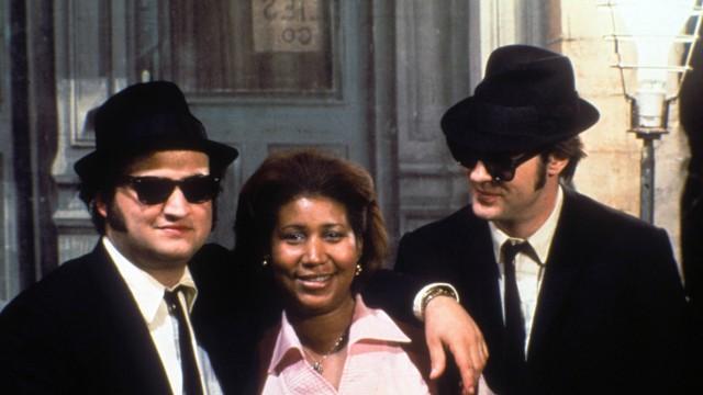Film Still from The Blues Brothers Dan Aykroyd Aretha Franklin John Belushi © 1980 Universal PUBL