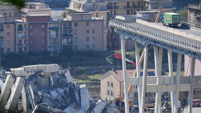 Autobahnbrücke Einsturz Genua Italien
