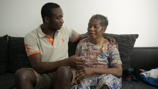 Kapinga Mbyi (Mutter) und Christian Kapuku (Sohn)