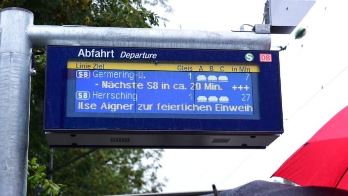 Englschalking digitale Anzeige Verspätung S-Bahn