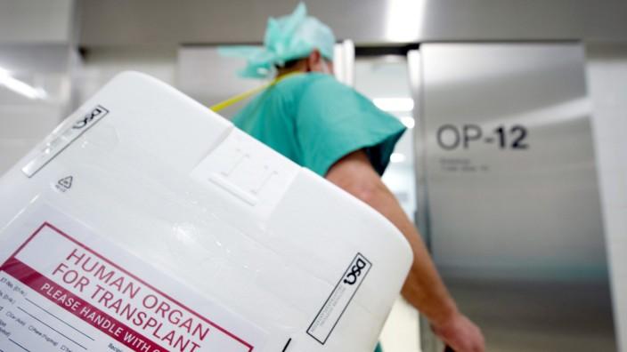 Organspende: Behälter für Organ-Transport