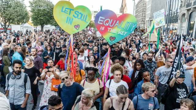 Anti 'Merkel muss weg!' Kundgebung