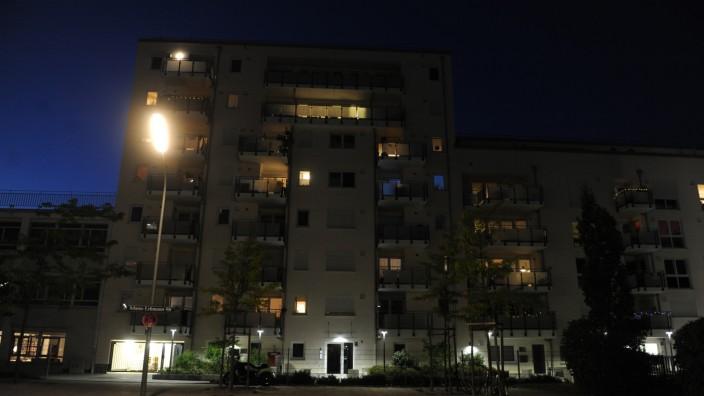 Immobilienmarkt: In dem Haus in München-Schwabing, das der GBW gehört, wurden Mieten stark erhöht. Das wollte ein Bewohner nicht hinnehmen.