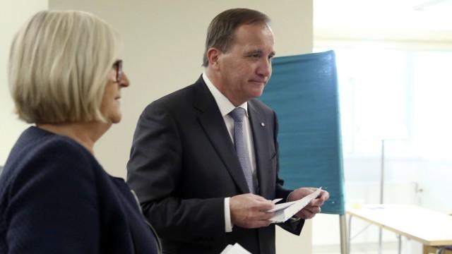Schweden-Wahl 2018: Premierminister Stefan Löfven gibt seine Stimme ab