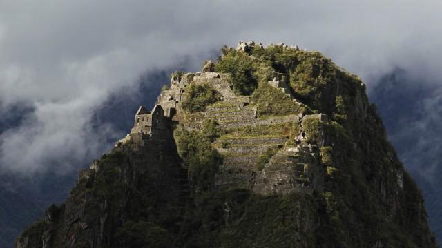 Gipfel des Huayna Picchu oberhalb von Machu Picchu in Peru.