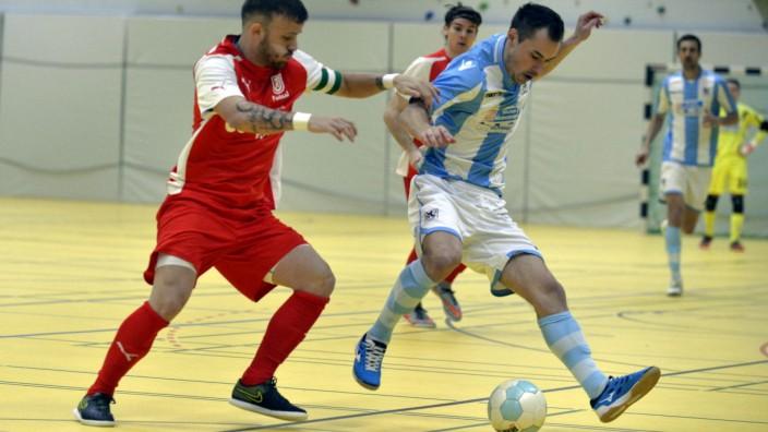 Futsal: Vergangene Saison noch beim TSV 1860 München, nach dem Umbruch nun beim Konkurrenten aus Regensburg: Alex Günter (rechts).