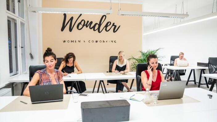 """Coworking-Space """"Wonder"""""""