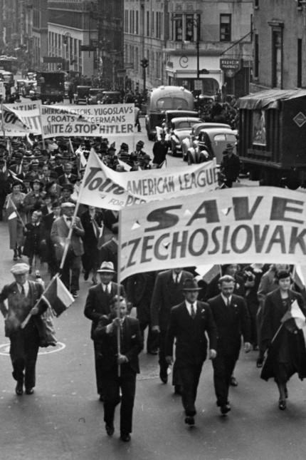Tschechen protestieren in New York gegen das Münchner Abkommen, 1938