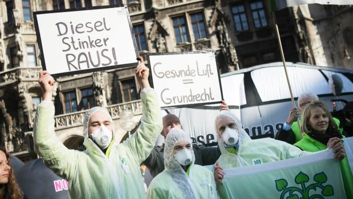 Abgasskandal: Demonstration gegen Diesel