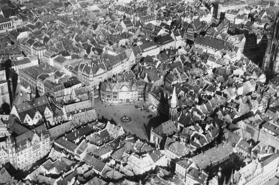 Altstadtkern, Frankfurt am Main, Luftbild: 1936 © Institut für Stadtgeschichte