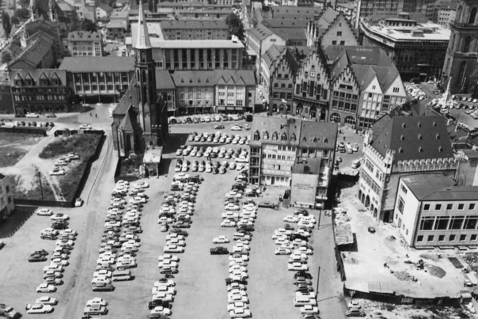 Dom-Römerberg-Bereich, Blick vom Dom, Foto: 1961 © Institut für Stadtgeschichte