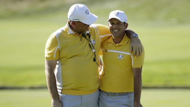 Ryder Cup im Golf: Team Europa: Kapitän Thomas Bjorn (links) neben Sergio Garcia.