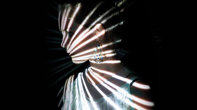 """Leute: """"Als würde auch ich ein Instrument spielen"""", sagt Antonia Zettl über ihre visuellen Projektionen bei Live-Auftritten."""
