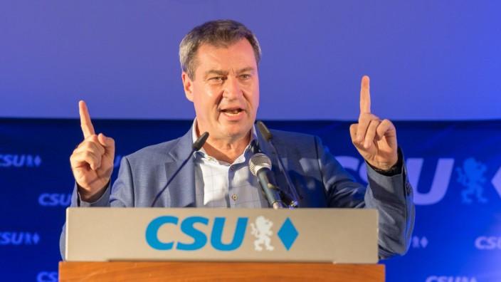 23 09 2018 xomx Politik Ministerpraesident Dr Markus Söder in Schweinfurt v l Dr Markus Soed