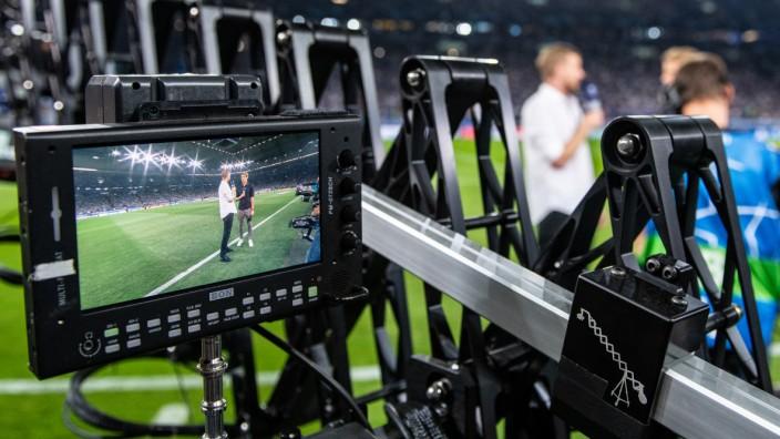 Übertragung FC Schalke 04 gegen FC Porto bei DAZN