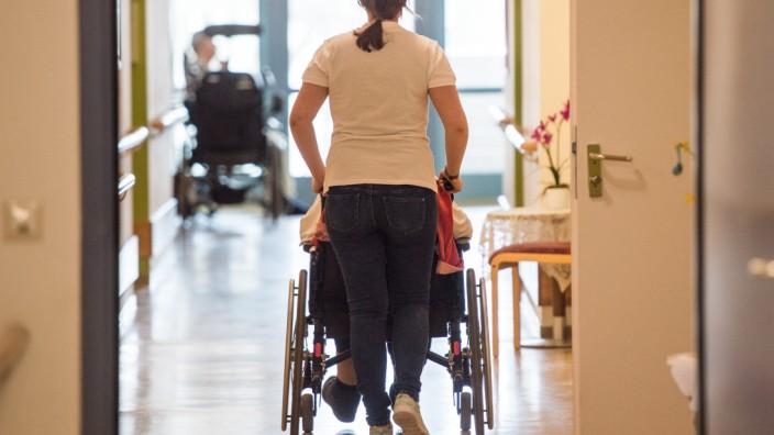 Altenpflege Pflege