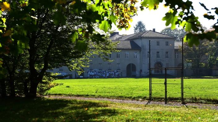 Das ehemalige Areal der Landesgehörlosenschule am Westpark soll den neuen Bildungscampus beherbergen.