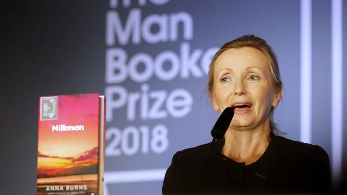 """Literatur-Spezial im Frühjahr: """"Dann nehme ich an, ist es politisch"""", gab Autorin Anna Burns auf die Frage zurück, ob ihr Schreiben politisch sei - zunächst suchte sie aber nach Definitionen."""