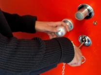 Strafvollzug: Eignungstest am Knast-O-Mat