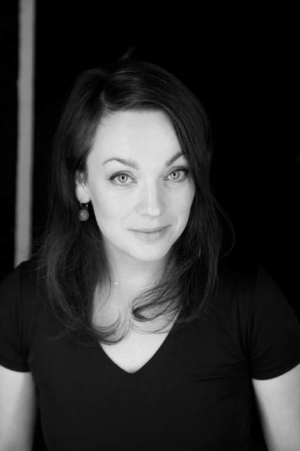 """Kino: Anca Miruna Lazarescu, geboren 1979, hat an der Hochschule für Fernsehen und Film Regie studiert. Ihr Debüt """"Die Reise mit Vater"""" (2016) bekam großes Lob. Sie lebt in Dachau."""