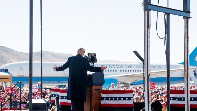 Donald Trump spricht 2018 in Nevada