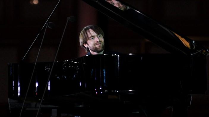 Deutsche Grammophon 120th Anniversary Celebration Concert