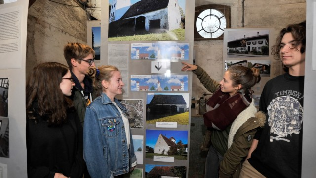 Utting: Kunstseminar ASG zeigt Ideen für eine Neugestaltung verlassener Gebäude