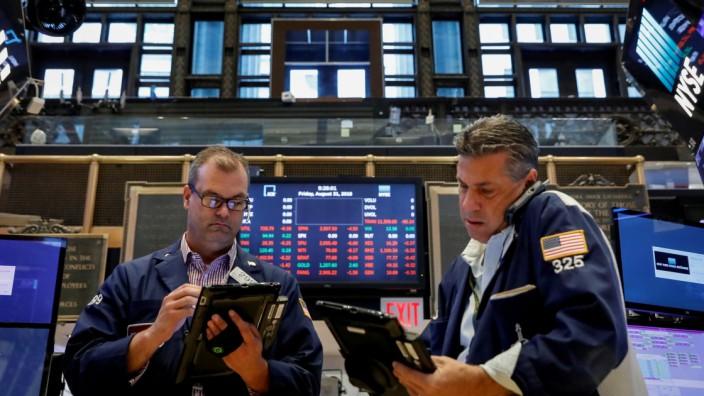 Börse: Händler an Wall Street in New York