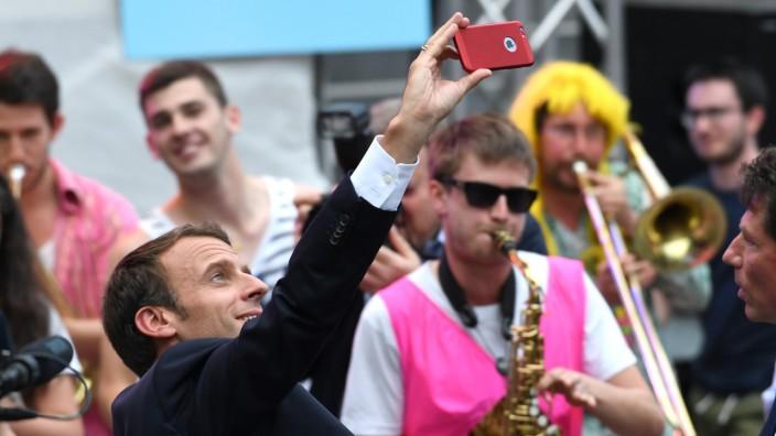Internetkonzerne: Der französische Staatspräsident Emmanuel Macron fordert eine Digitalsteuer für die Unternehmen - und zwar bis Ende des Jahres.