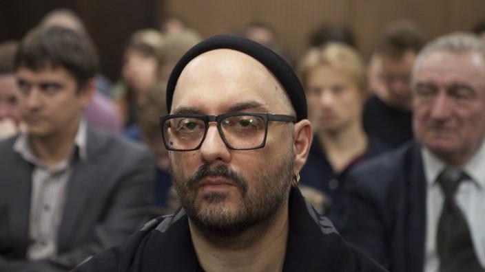Russischer Regisseur Serebrennikow vor Gericht