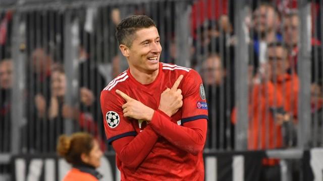 FC Bayern Muenchen v AEK Athens - UEFA Champions League Group E