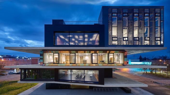 Baukultur: Die Experimentaleinheit im zweiten Stock funktioniert theoretisch wie ein Komposthaufen, ist aber eine mondäne Wohnung.