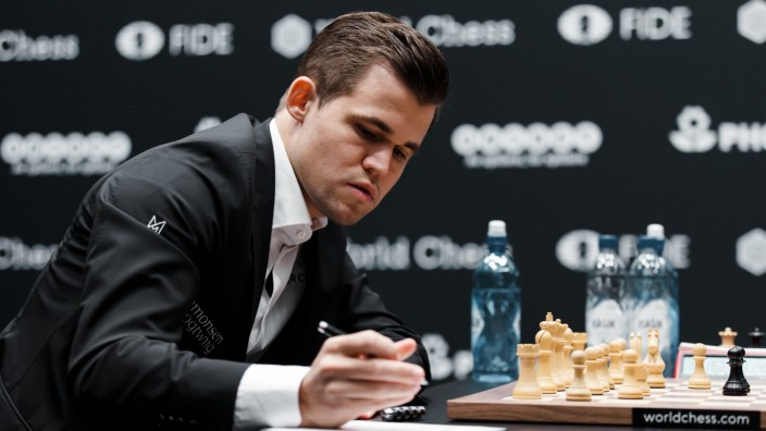 Schach Carlsen Corona